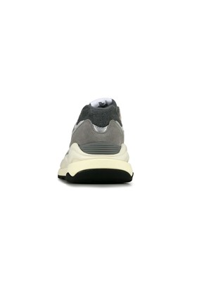 Tênis New Balance 5740 M5740TA Cinza/Branco